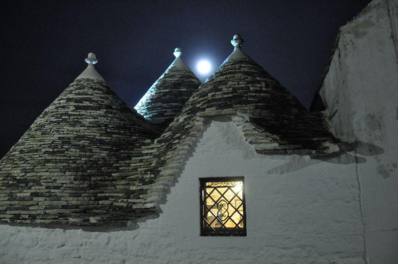 Alberobello am Abend